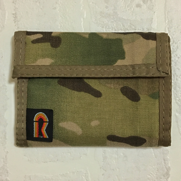 アメリカ製ナイロン財布